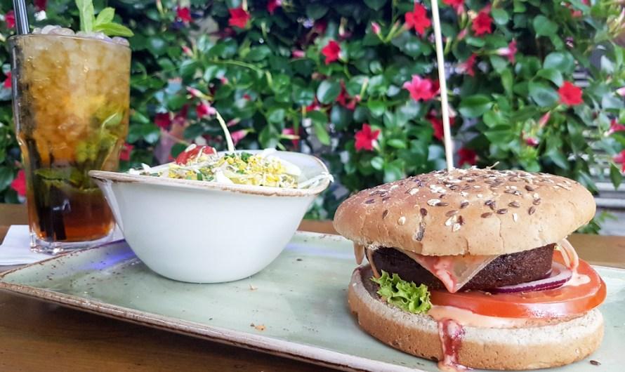 Veggie Burger at Hans im Glück Munich Goetheplatz