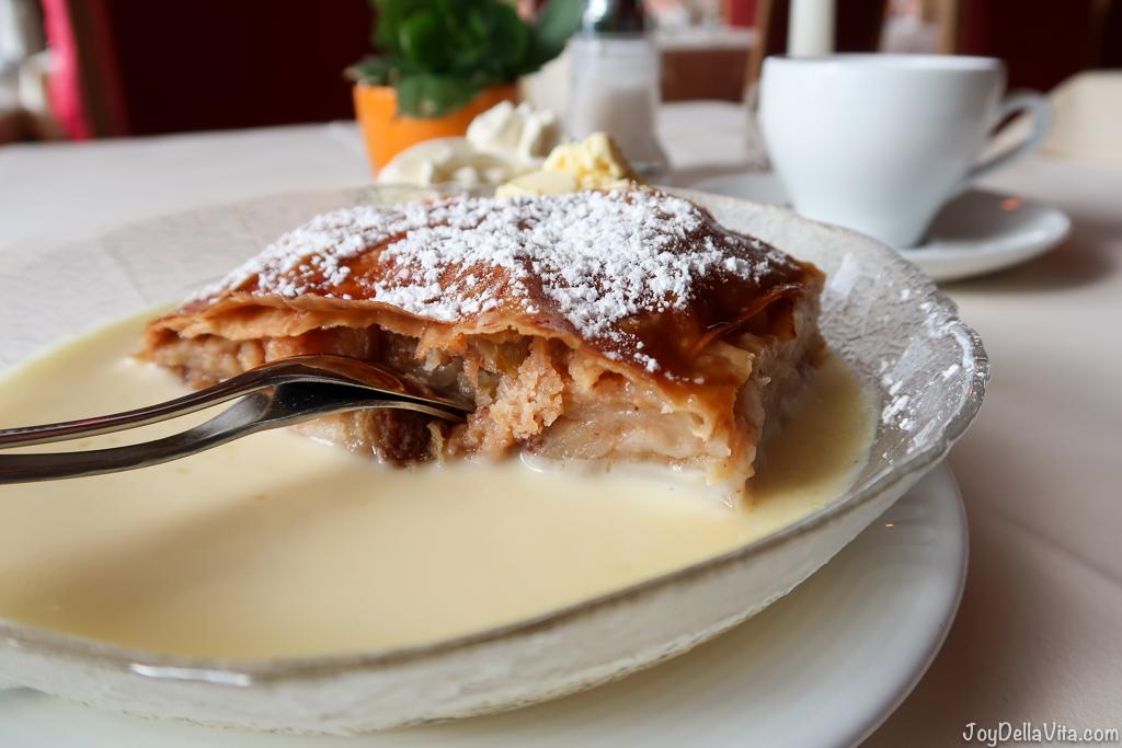 Apfelstrudel Restaurant Schönblick Eichenberg Bregenz