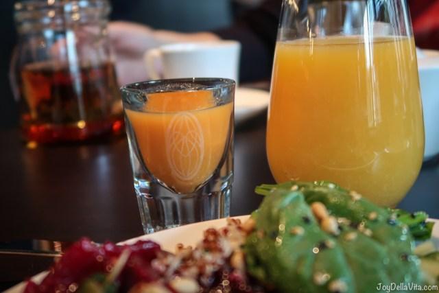 Healthy Ginger Shot Breakfast Buffet Baden-Baden moriki Roomers Hotel