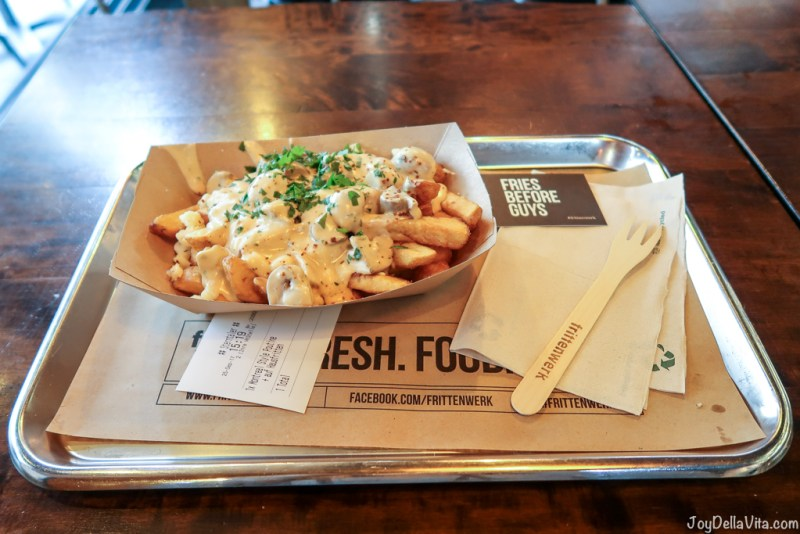 Veggie Poutine Frittenwerk Cologne Fries Cheese Sauce