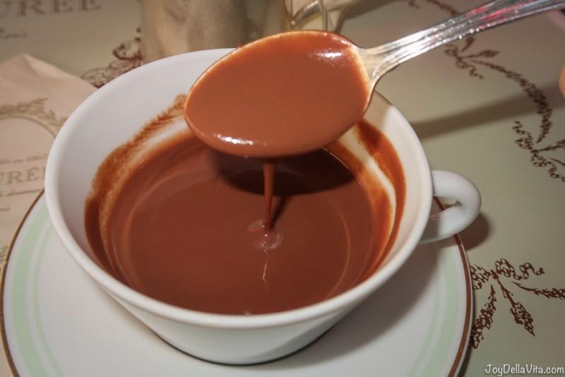 Laduree Hot Chocolate 7€  Laduree Champs Elysees Paris