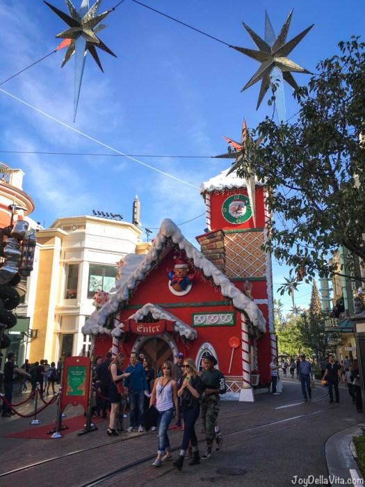 Christmas Atmosphere Los Angeles The Grove December