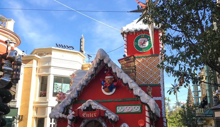 Christmas Atmosphere Los Angeles The Grove December