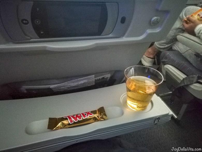 Qatar Airways Boeing 787 Dreamliner Economy Class Snacks and Juice