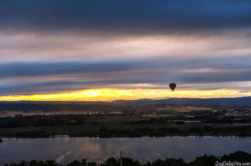 Early morning sunrise hot air balloon flight in Canberra