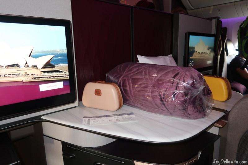 Qatar Airways Business Class Flight Review Doha - Canberra QR906 Boeing 777-300ER Qsuite