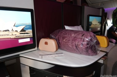Qatar Airways Business Class Flight Review Doha - Canberra QR906 Boeing 777-300ER Qsuite