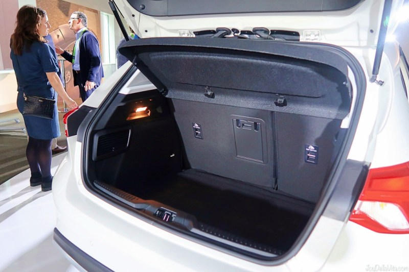 Ford Focus Active trunk