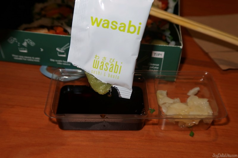 mix wasabi in soy sauce