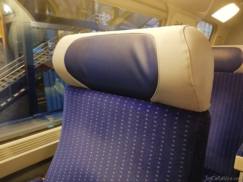 Duo seats in the TGV 2nd class