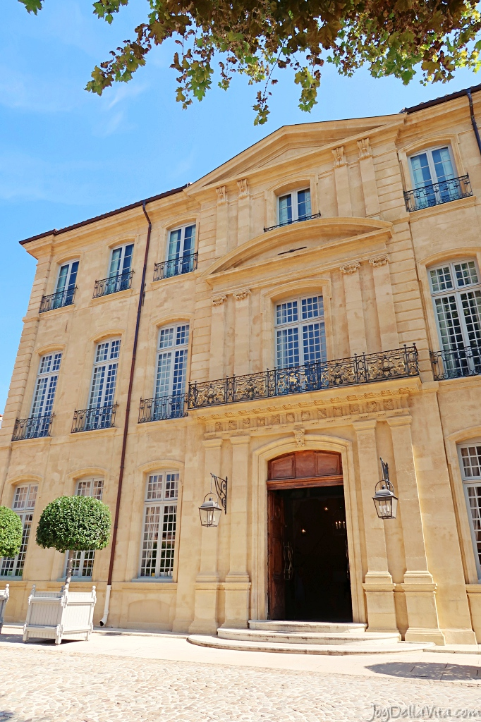 Hôtel de Caumont Aix en Provence Nicolas de Staël french travel blog review