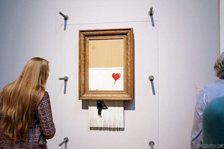 """Banksy """"Love is in the Bin"""" in Stuttgart"""