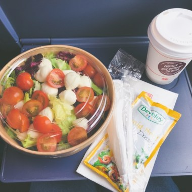 deutsche bahn ice restaruant menu dining car salad coffee blog joydellavita