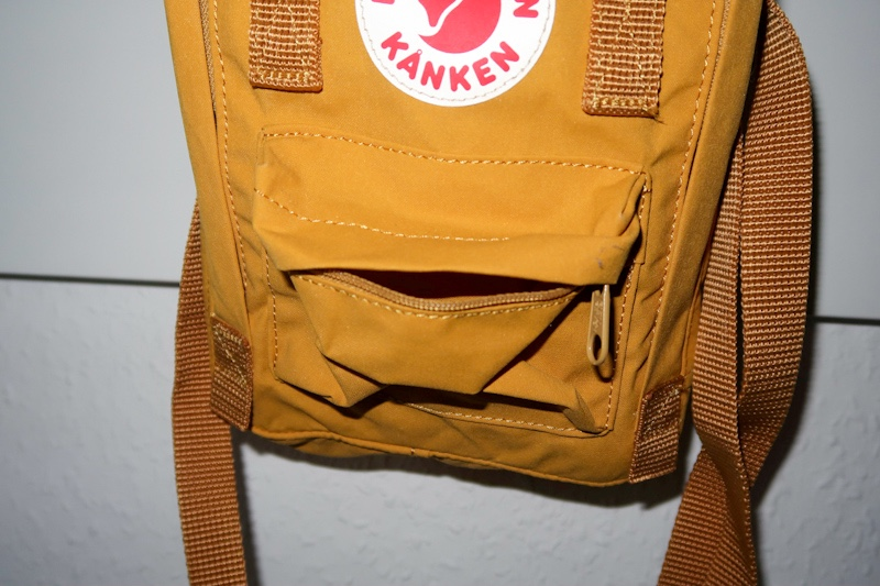 small front pocket of the fjallraven kanken sling