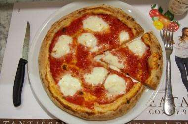 Pizza La Margherita Originale EATALY Milano Smeraldo Blog JoyDellaVita