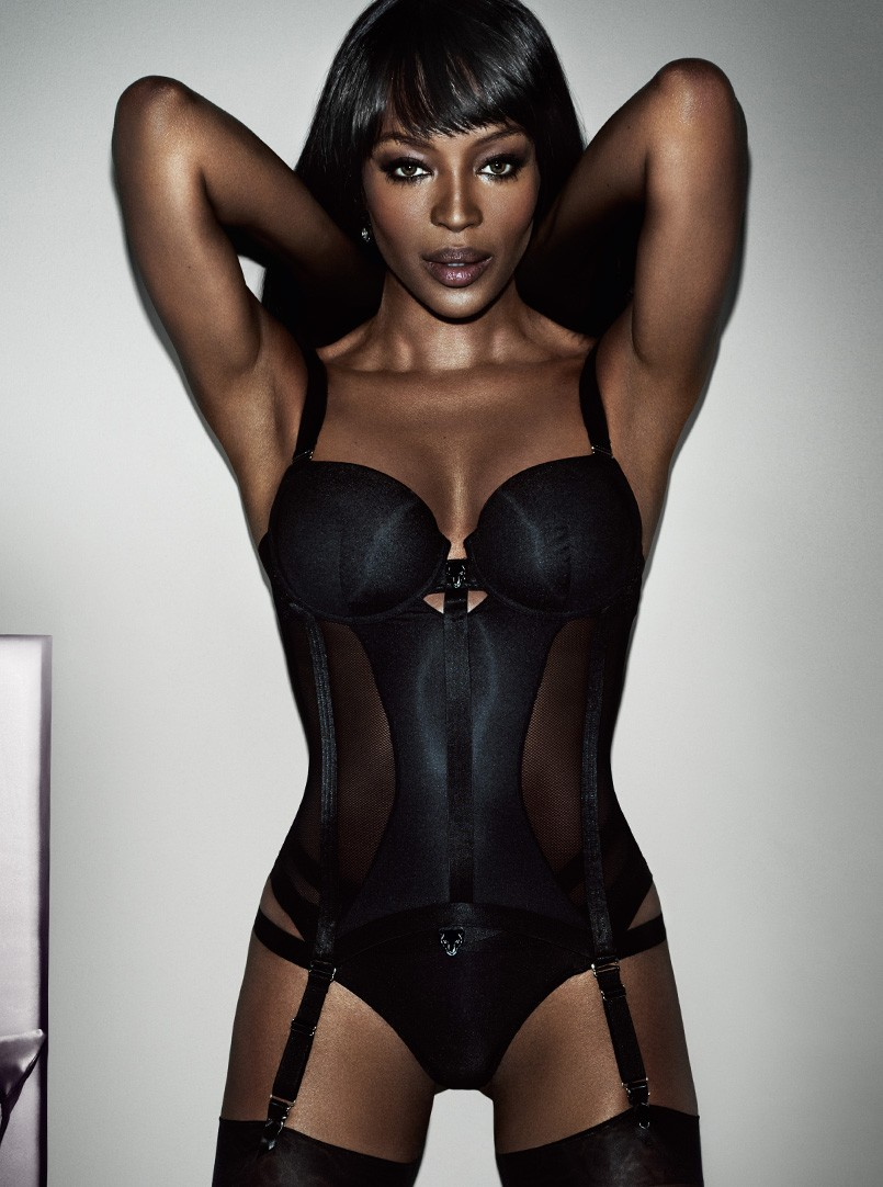 Naomi-Campbell-2-for-Yamamay-Lingerie-Collaboration-IMODELAFRICA-November-2015