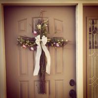 Video: DIY twiggy front door cross {from my beautiful ...