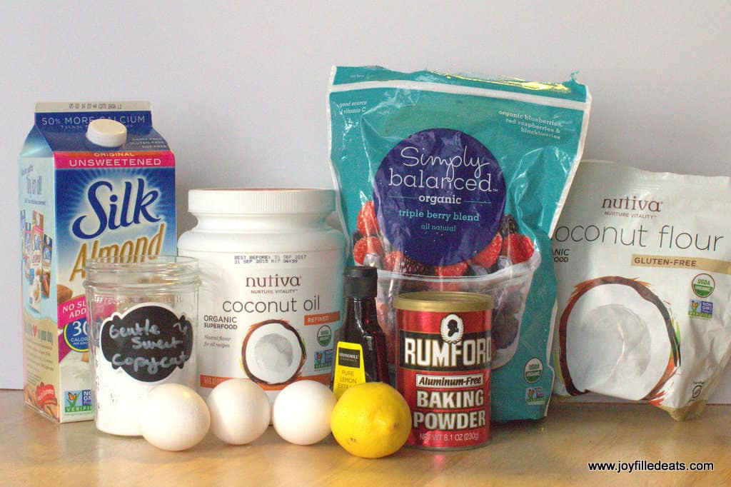 Lemon Muffins with Berries - Low Carb, Grain Free, THM S