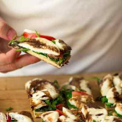 Grilled Pizza Dough Recipe Mozzarella & Arugula – Low Carb Keto GF