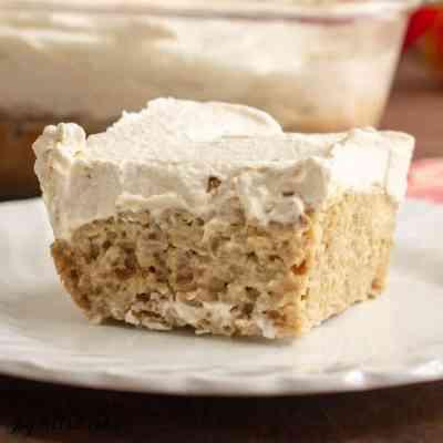 Keto Tiramisu – Vanilla Latte Poke Cake