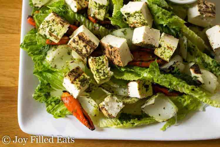This Grilled Paneer Salad with romaine lettuce and grilled onions and peppers