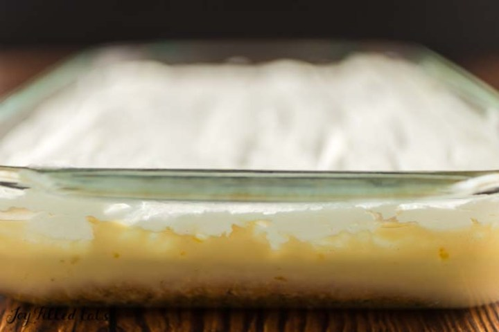 side view of the layers of tres leches cake