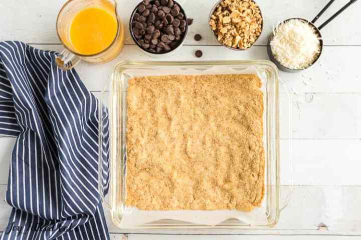 the crust for the low carb magic cookie bars