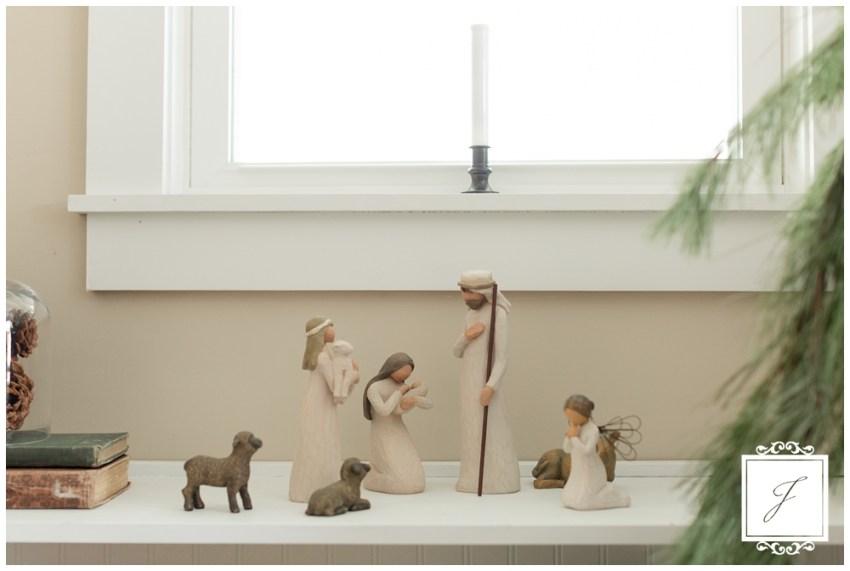 Cottage Christmas Decor Greensburg Wedding Planner Joy Filled Occasions_0013.jpg