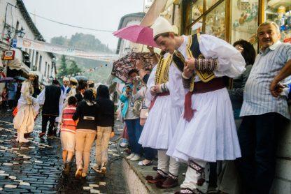 Saut de puce en Albanie