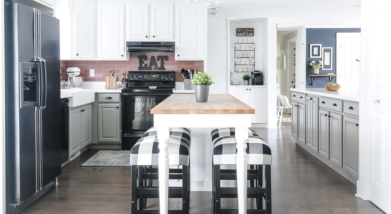 18 Must Haves For Decorating A Farmhouse Kitchen Joyful