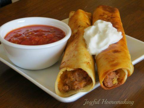 taquitos2 600x450 Crispy Bean Burritos (Taquitos)