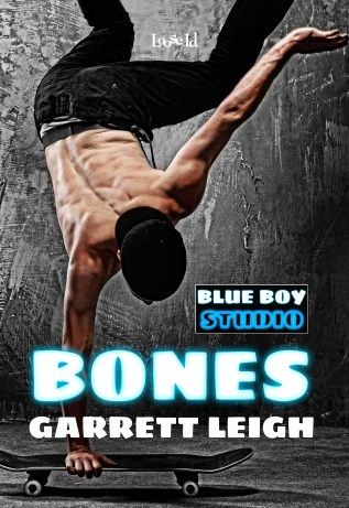 Review: Bones by Garrett Leigh