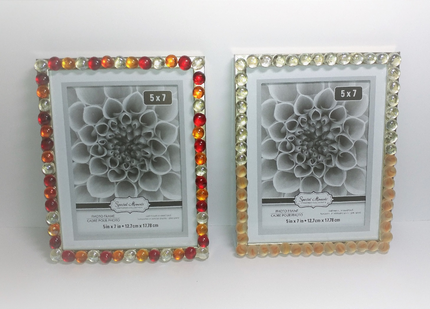 Elegant-looking Photo Frame Using Glass Pebbles – DIY Dollar Tree Crafts