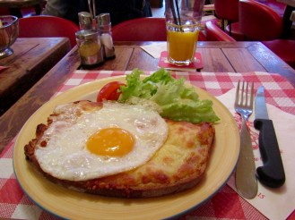 I order Croque Madame Poilane avec Salade