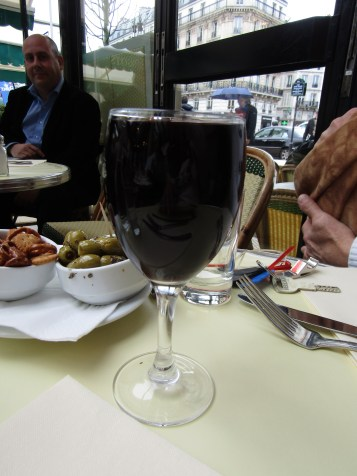Now THIS is a glass of wine!!!! Restaurants in Halifax, TAKE NOTICE PLEASE!!!!!!!!!!!!