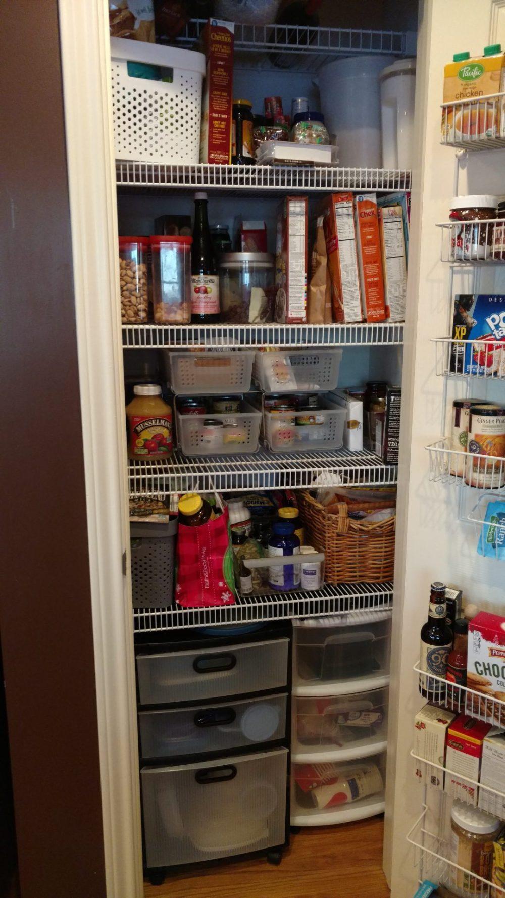 organized pantry 1