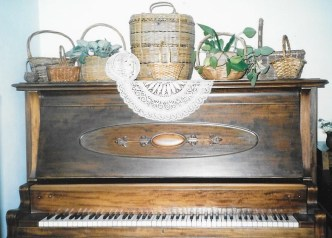 Shows the new ivories and refinished ebonies.