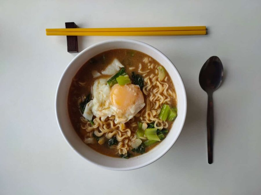 Instant ramen noodles with egg on top