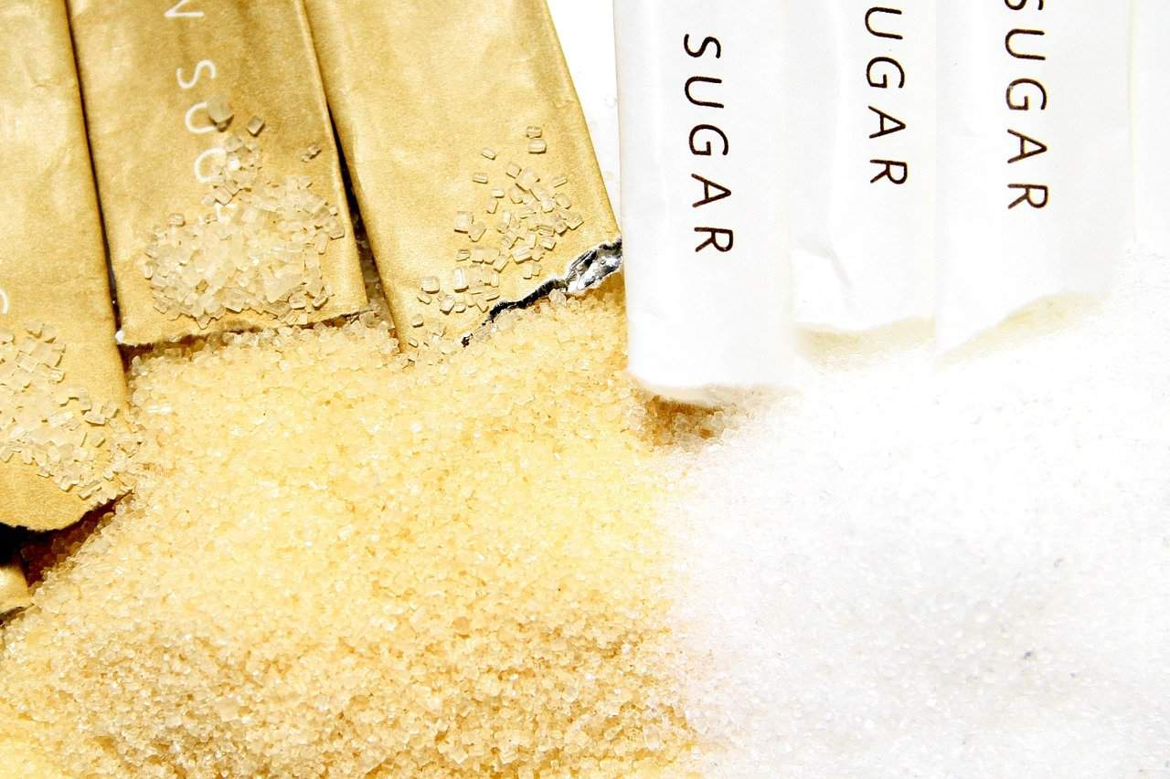 Raw and refined sugar
