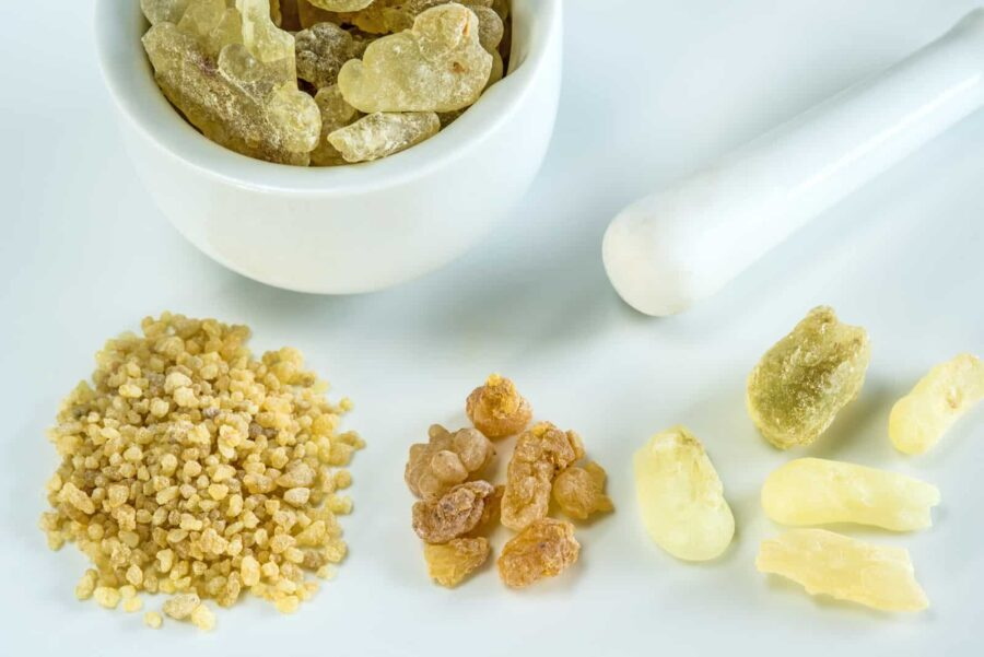 Different quantities of boswellia