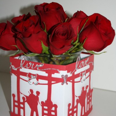 "Cricut Destinations ""True Love"" Square Vase Covering"