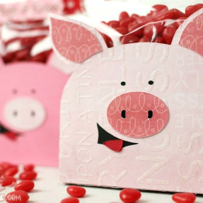 Hogs and Kisses 3D Pig Candy Holders – Lettering Delights