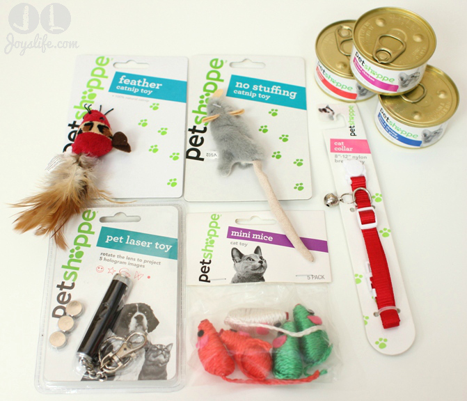 Walgreens Pet Shoppe Cat Stocking Pet Gifts #HappyAllTheWay #shop #cbias