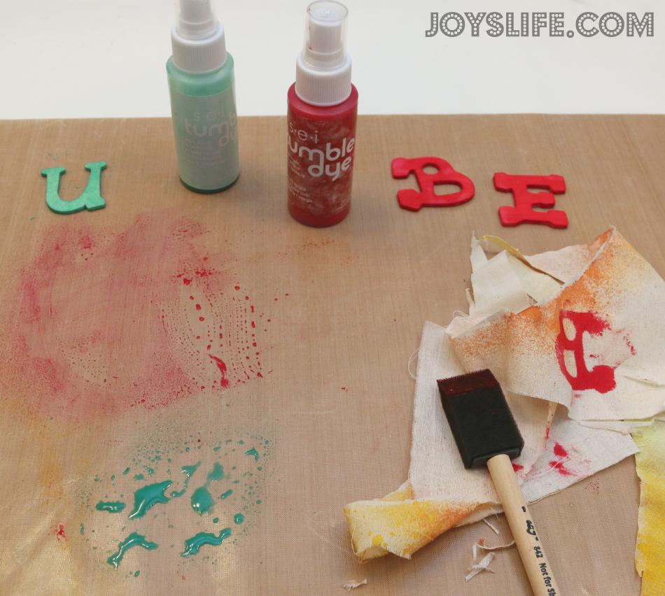 BE U Tie Dye Hoop Art with SEI Tumble Dye #SEI #TumbleDye #tiedye #hoopart #doilie