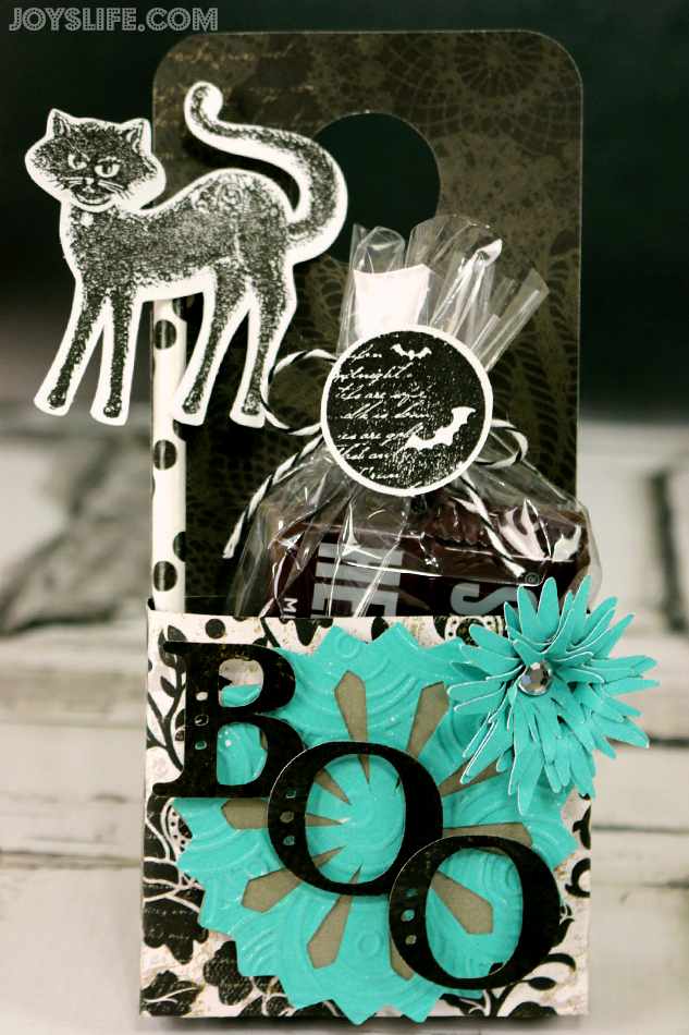 Cricut Art Philosophy Halloween Boo Door Hanger #CTMH #Cricut #doorhanger #halloween