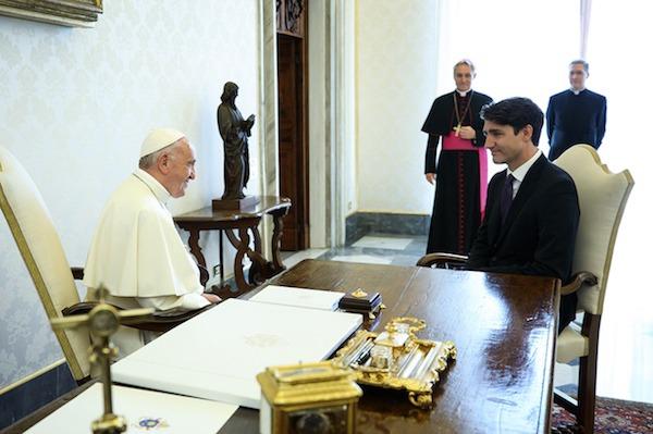 교황과 만난 트루도 총리