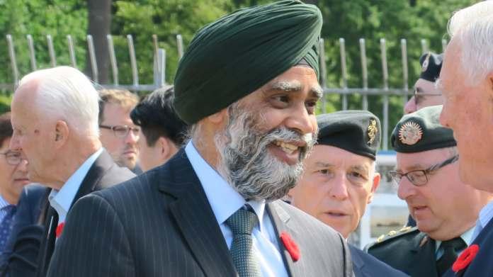 하짓 사잔 캐나다 국방부 장관