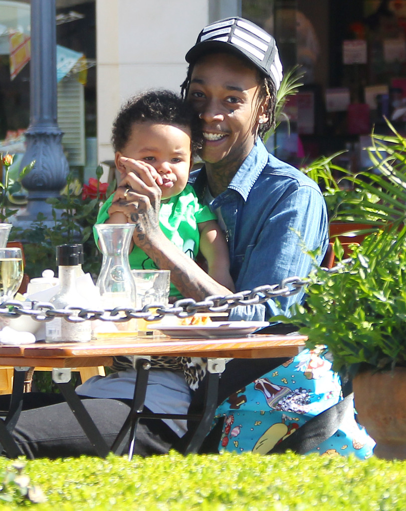 Amber Rose and husband Wiz Khalifa enjoy lunch at Le Pain Quotidien with son Sebastian in Calabasas