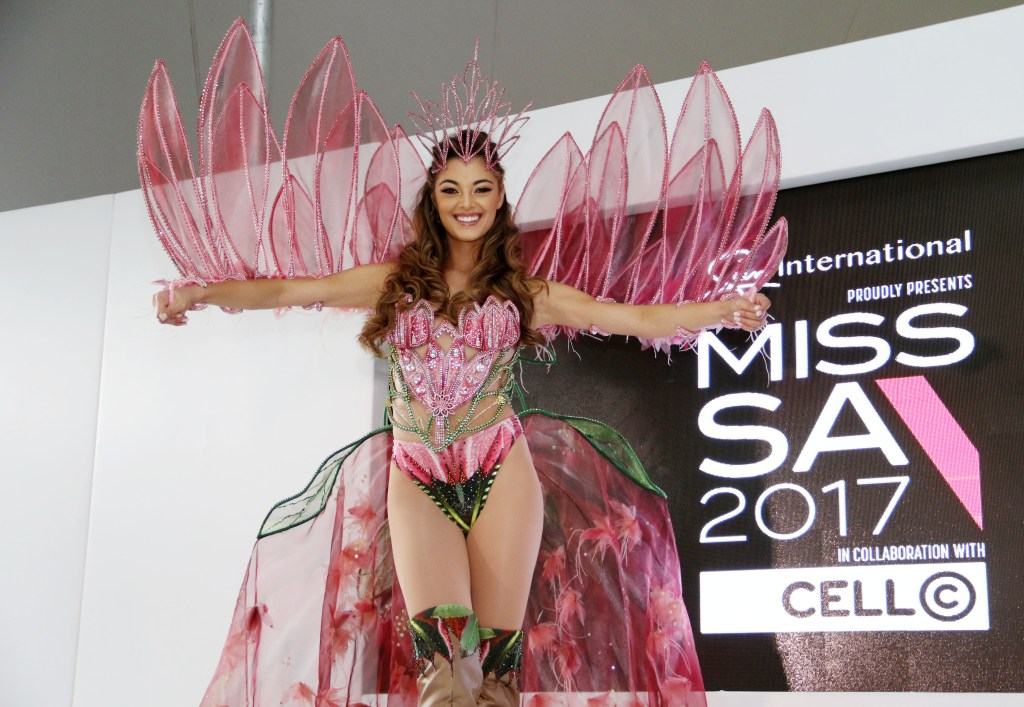 Demi-Leigh Nel Peters Miss Universe Miss South Africa