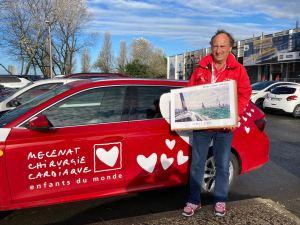 Une centaine d'affiches du Vendée Globe signées par JP Duboil offertes à l'association Mécénat Chirurgie Cardiaque pour sauver des enfants atteints de malformation cardiaque.